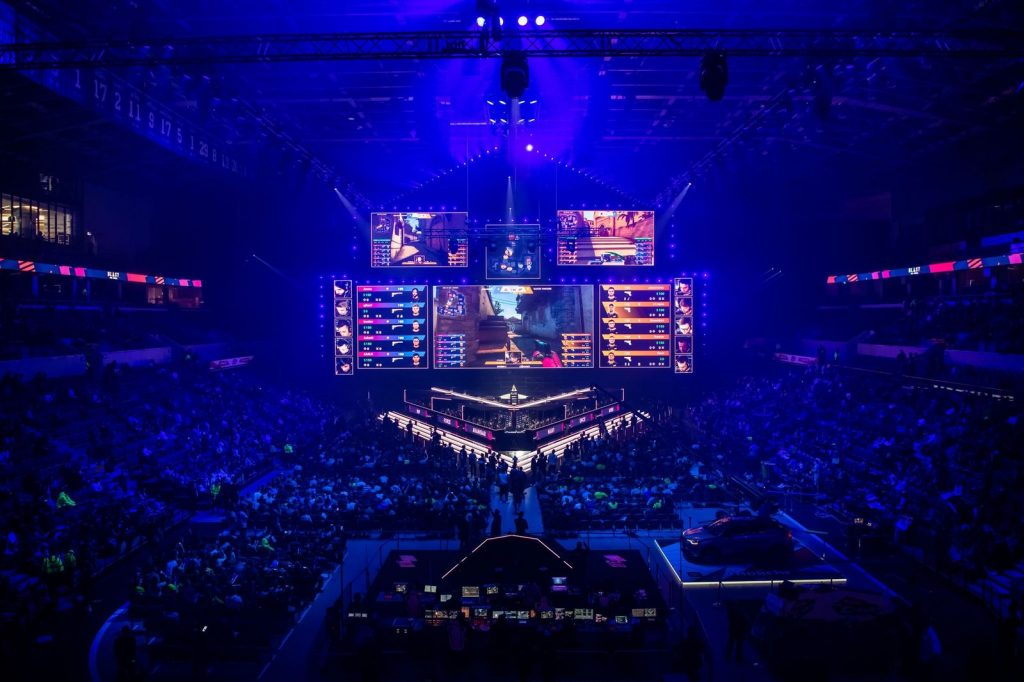 A picture that shows an esports tournament